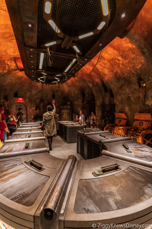 Inside Savi's Workshop Star Wars Galaxy's Edge Disneyland