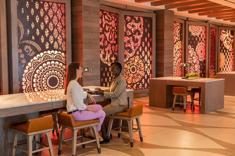 Gran Destino Tower Lobby concierge