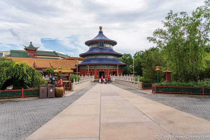 Hurricane Dorian Preparations in Walt Disney World no banner china Epcot 2