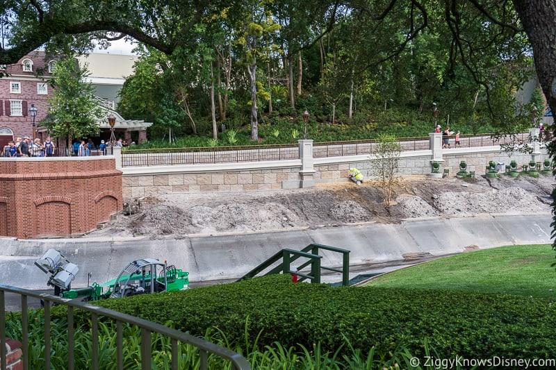 magic kingdom cinderella castle walkway update august 2019  outside of wall