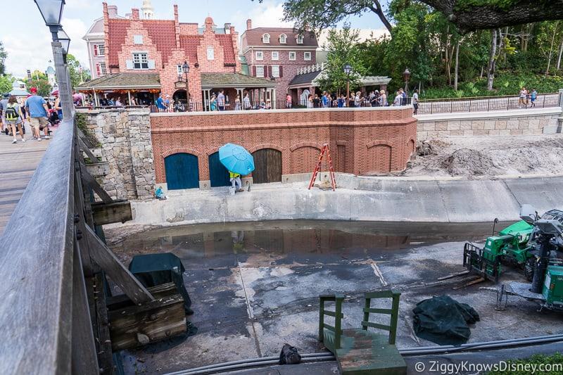 magic kingdom cinderella castle walkway update august 2019 working on walls