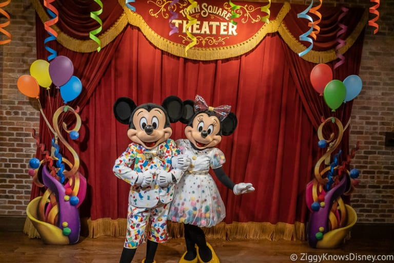 Mickey and Minnie meet and greet town square theater 2