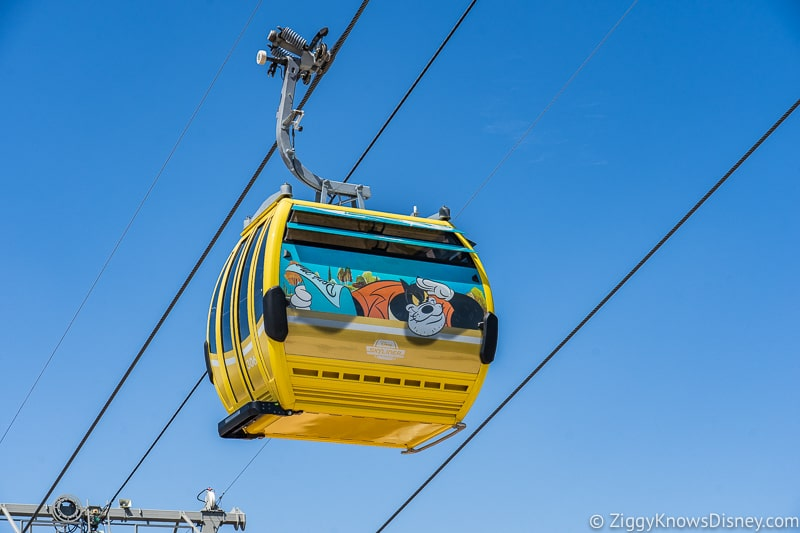 Disney Skyliner Gondolas Characters Goofy 3