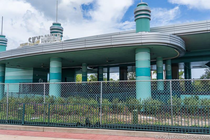 hurricane Dorian Preparations in Walt Disney World Hollywood Studios skyliner fence 2