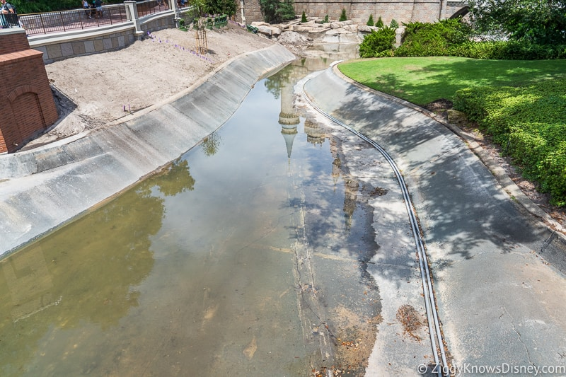 hurricane Dorian Preparations in Walt Disney World moat