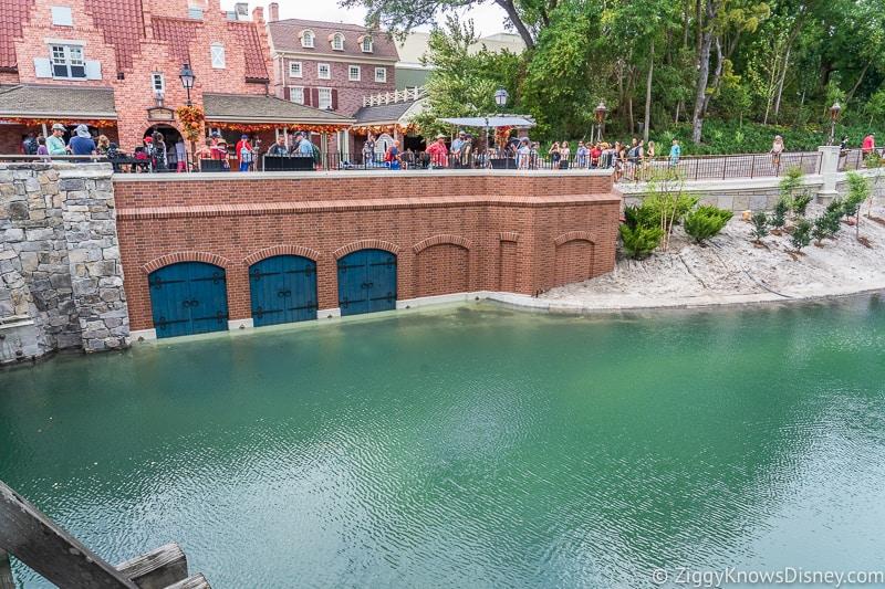 Cinderella Castle Moat Filled in Magic Kingdom new walkway