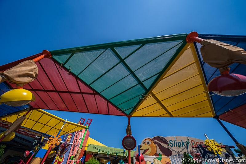 New Slinky Dog Dash Shade Structure