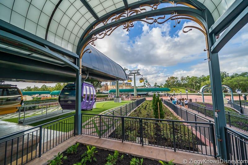 Disney Skyliner Gondola Epcot Station landing