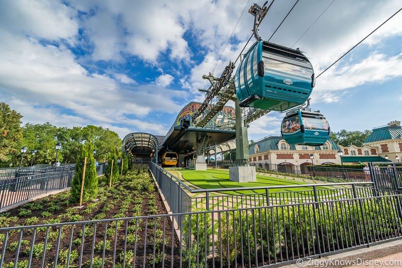Disney Skyliner Gondola Epcot Station gondola