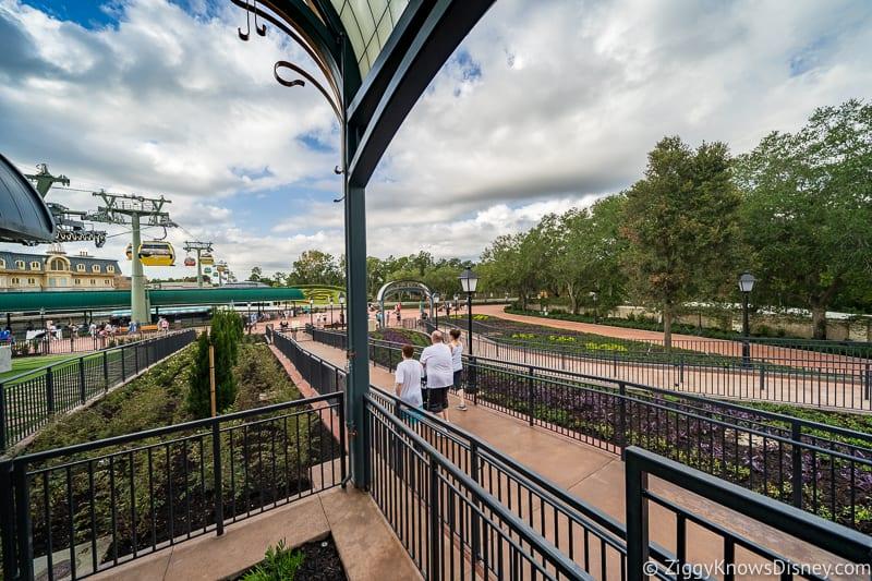 Disney Skyliner Gondola Epcot Station queue