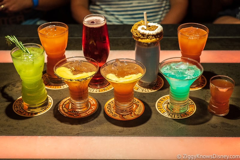 drinks at Oga's Cantina