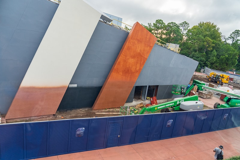 painting side of building Guardians of the Galaxy Coaster updates October 2019