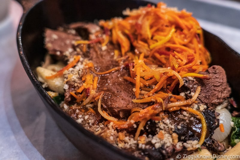 batuuan beef pot roast docking bay 7 food and cargo Galaxy's Edge