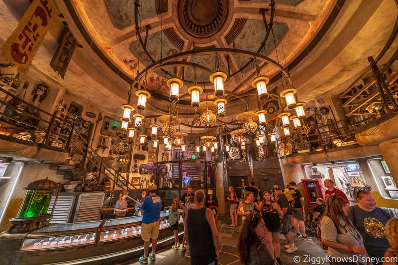 interior of Dok Ondar's Den of Antiquities Galaxy's Edge