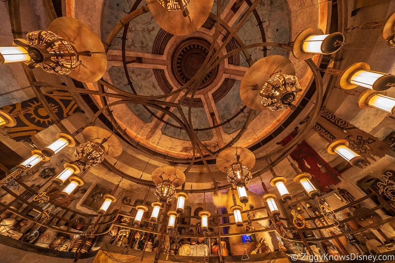 Dok Ondar's Den of Antiquities ceiling Galaxy's Edge