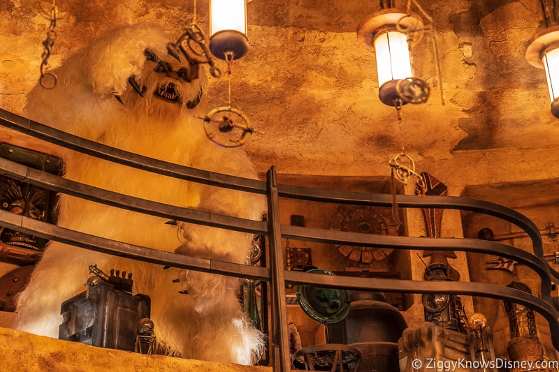 Wampa in Dok Ondar's Den of Antiquities Galaxy's Edge