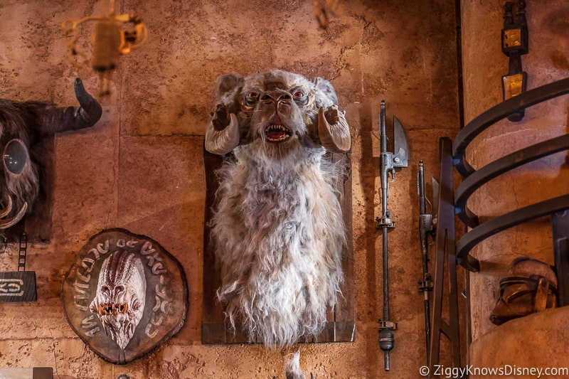 animal heads in Dok Ondar's Den of Antiquities Galaxy's Edge 5