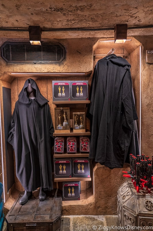 Dok Ondar's Den of Antiquities Merchandise Sith robes