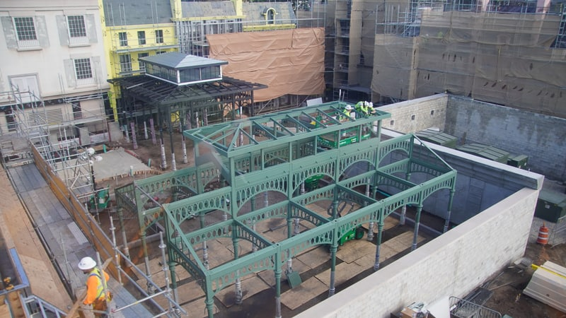 green steel structure for Ratatouille ride December 2019