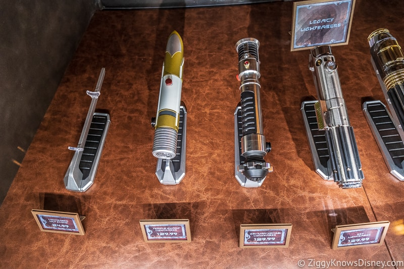 Galaxy's Edge Legacy Lightsabers Dok Ondar's Star Wars