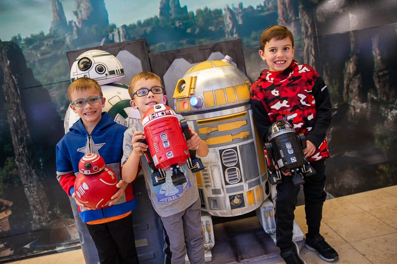 kids and droids at Orlando International Airport