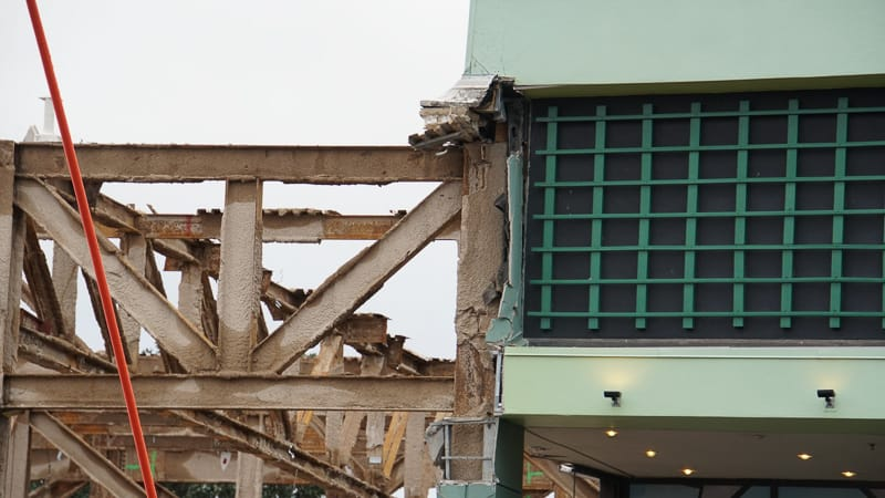 Epcot Future World Construction Updates December 2019 Innoventions West beams