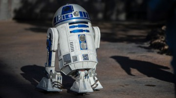 Testing roving droids in Star Wars: Galaxy's Edge