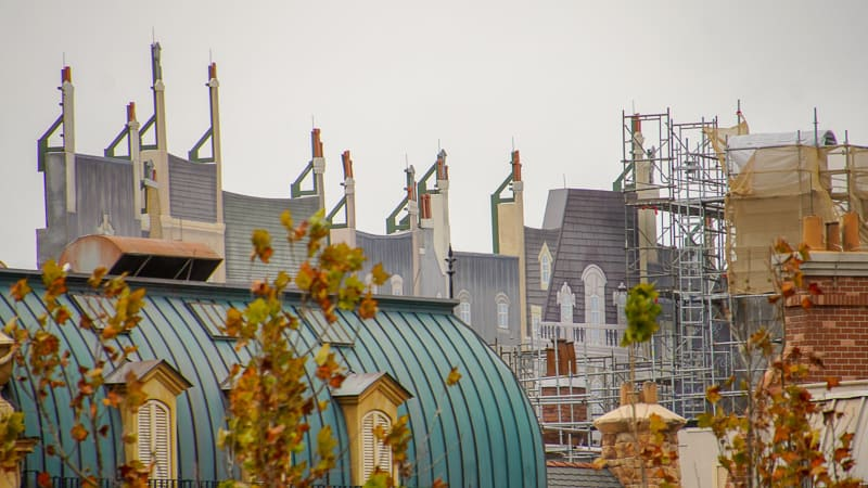 roof facade of buildings in France pavilion construction update January 2020