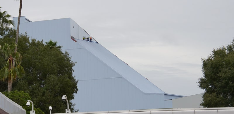 Guardians of the Galaxy Coaster Construction Update January 2020 working on roof
