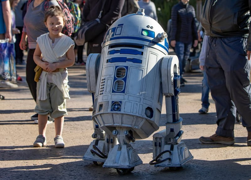 R2-D2 Droid testing in Star Wars Galaxy's Edge