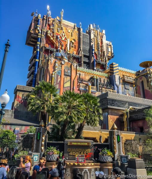 outside Guardians of the Galaxy Mission: BREAKOUT!