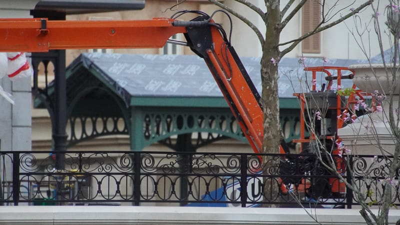 France pavilion construction update February 2020 roof work