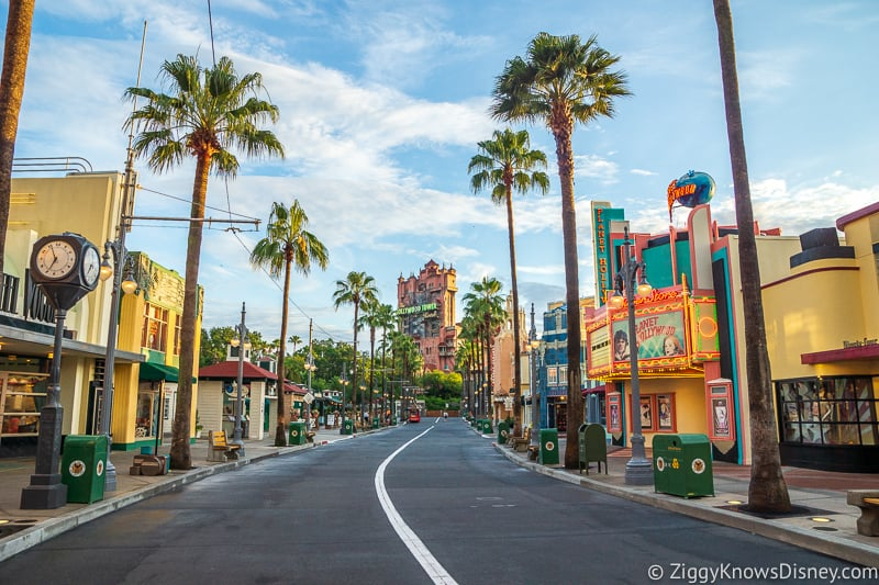 Hollywood Studios rope drop Sunset Blvd