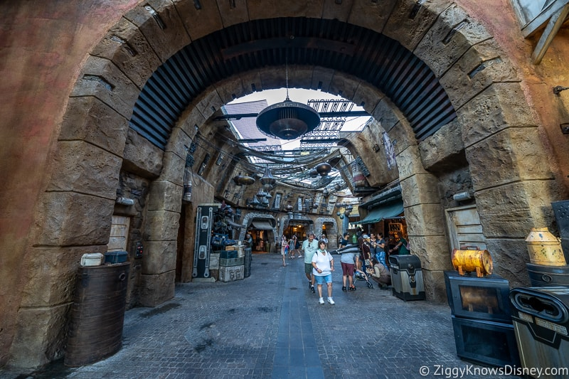 Galaxy's Edge rope drop Hollywood Studios