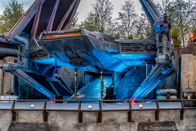 Hollywood Studios Galaxy's Edge TIE Echelon