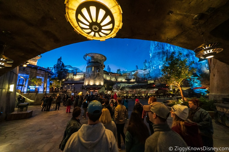 Hollywood Studios rope drop galaxy's edge
