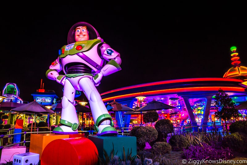 Buzz Lightyear Statue Toy Story Land Hollywood Studios Touring Plan