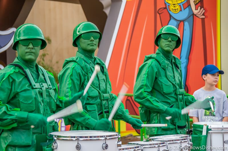 Green Army Men drummers Toy Story Land Hollywood Studios Entertainment