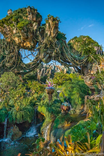Pandora The World of Avatar floating mountains
