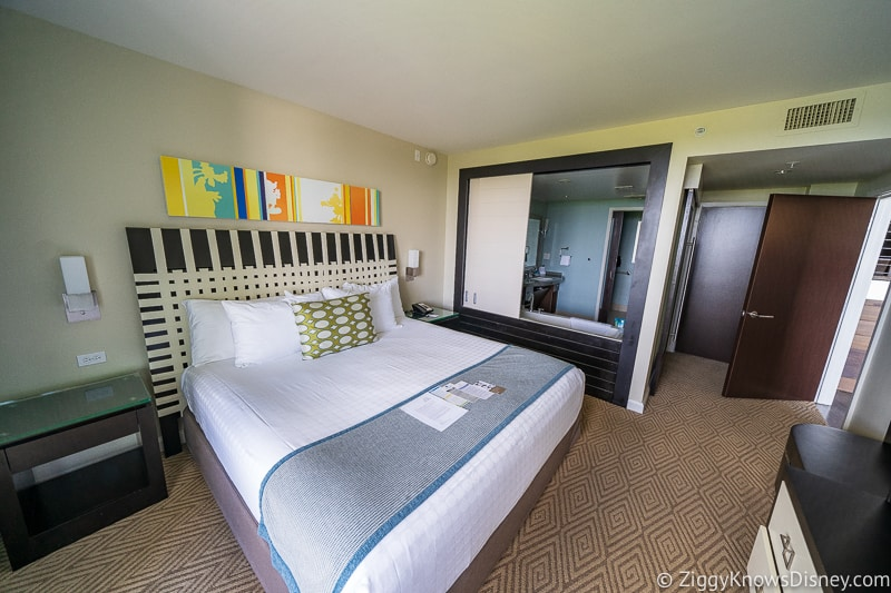 Disney World hotel rooms Free Dining