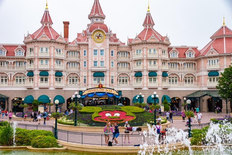 Disneyland Paris closure Disneyland Hotel