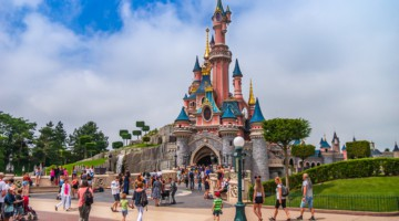 Sleeping Beauty Castle Disneyland Paris closure