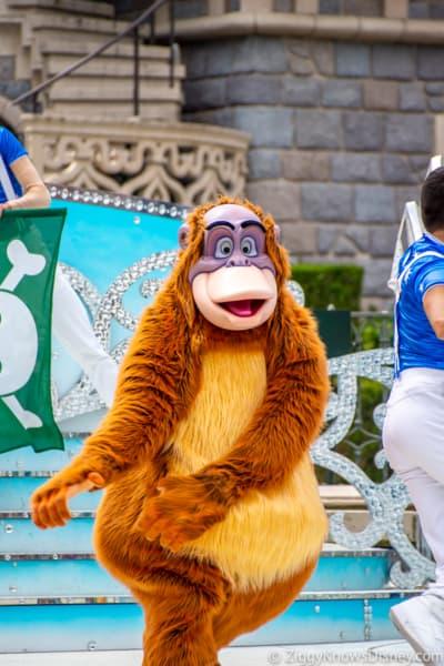 Disneyland Paris closure cast members