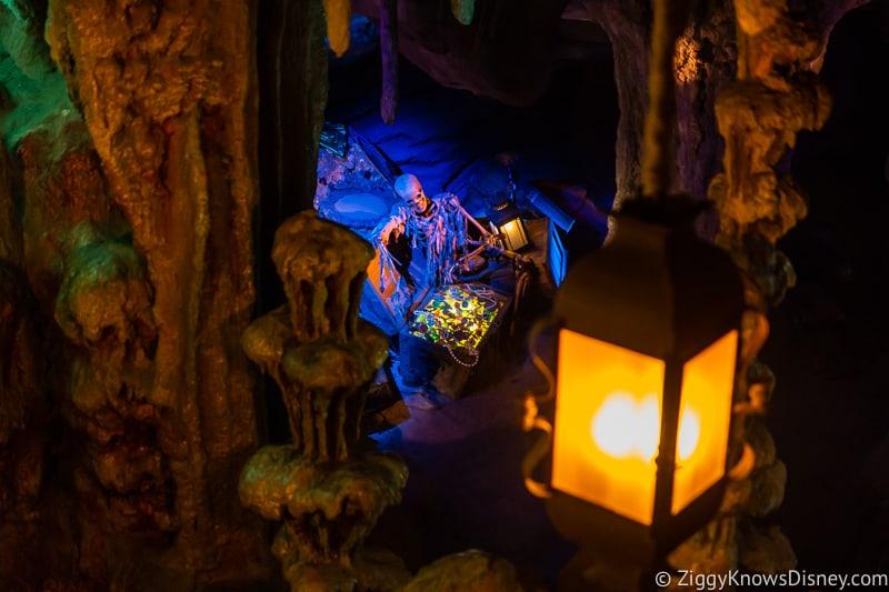 Disneyland Paris closure pirates
