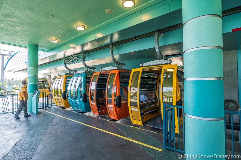 staying on Disney Skyliner Gondola at station