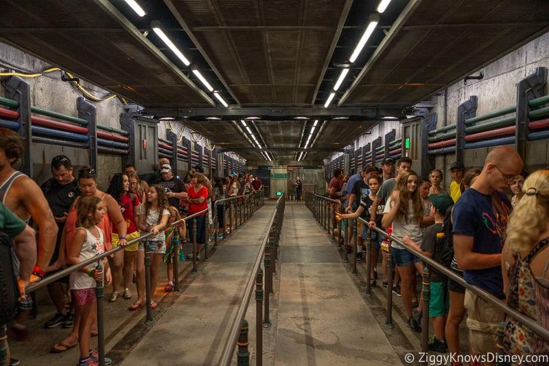 queue for Flight of Passage Disney World Crowd Calendar