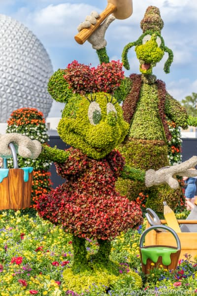 Minnie Mouse Topiary Epcot Flower and Garden
