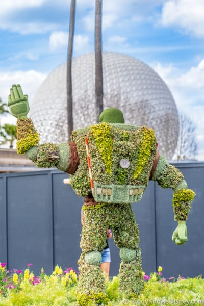 Buzz Lightyear facing Spaceship Earth Topiary Epcot Flower and Garden Festival