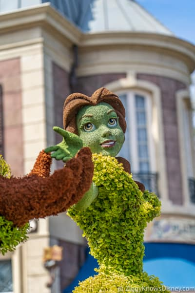 Belle France Topiary Epcot Flower and Garden Festival