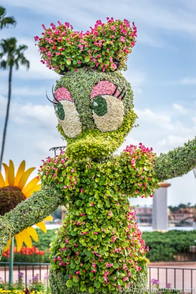 Daisy Duck Topiary Epcot Flower and Garden Festival